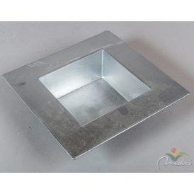 Műanyag peremes négyszögletes tál ezüst 20x20cm
