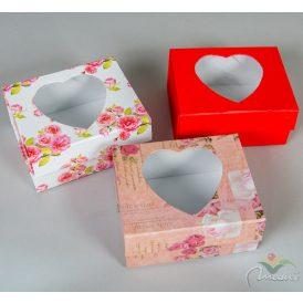 Szív ablakos papírdoboz M7x15x12cm
