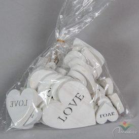 Fa szívek fehér LOVE felirat 3-5-7cm 30db-os