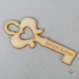 """Natúr fa kulcs """"Szívem kulcsa"""" felirattal 10cm"""