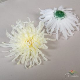 Lapos krizantém virágfej  D17cm 12db/szín/csom